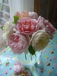 rosevase.jpg