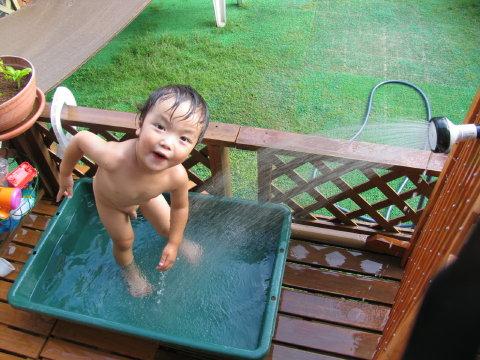 プール遊びだぁいすき!