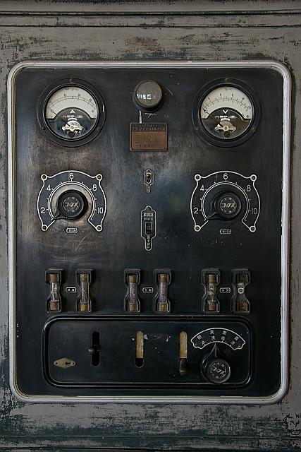 電気の実験
