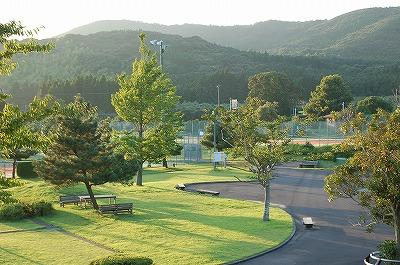知覧テニスの森公園のクラブハウスから写すとどっかのリゾートみたい♪