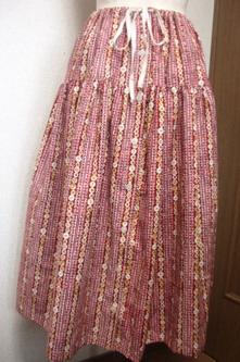 100円スカート