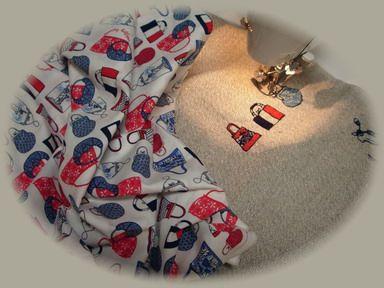 バッグ刺繍のミニバッグー1
