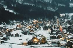 白川郷 雪の全景