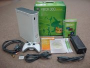 Xbox 360 アーケード(HDMI端子付)