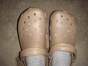 crocs09988.jpg