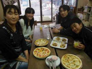 0401pizza-and-kuchen.jpg
