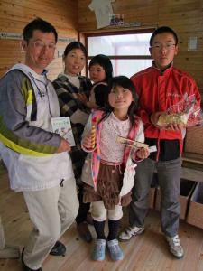 家族でバウムクーヘン作り体験