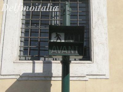 イタリア 信号