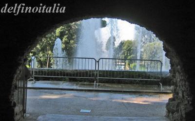 洞窟の噴水1