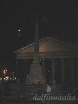 夜のパンテオン