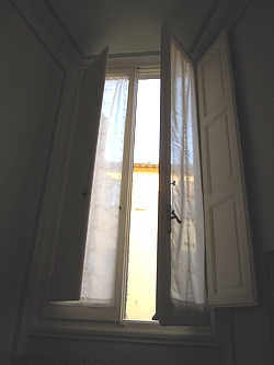 フィレンツェの窓(開)