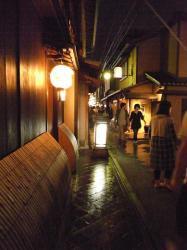 雨上がりの先斗町