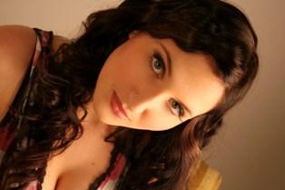 Chloe Leighton 2