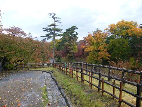 20081102_hirosaki_castle-17.jpg