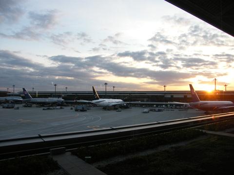 20081122_narita_airport-02.jpg