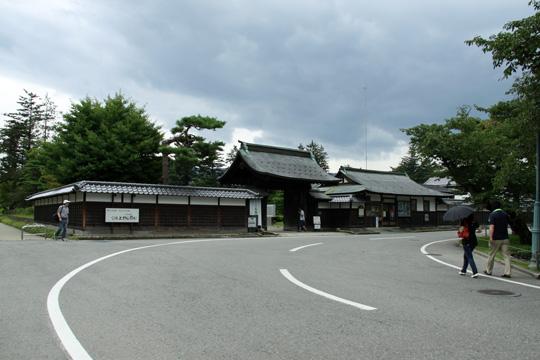 20090813_uesugi_memorial_hall-01.jpg