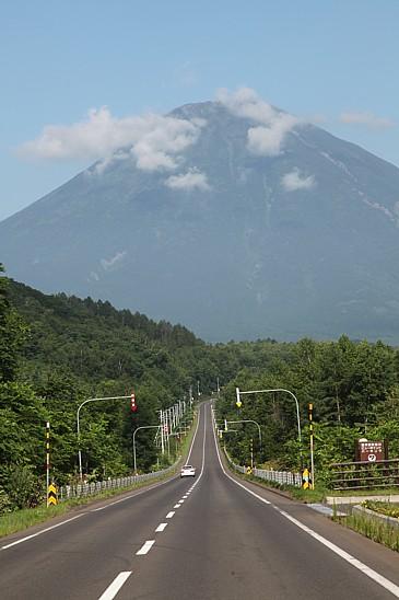 北海道2009 羊蹄山を望む R276