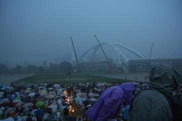 おいでんまつり2009 豪雨の始まり
