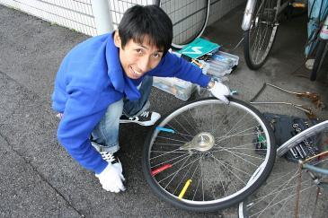 自転車 タイヤ交換 伸二郎