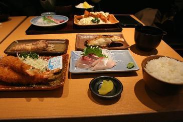 セントレア2008年12月 まるは 2100円定食