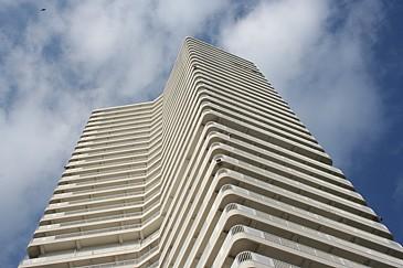 チッタナポリ タワー
