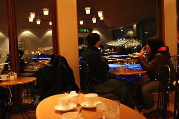 なばなの里 イルミネーション2009 コーヒーショップ店内