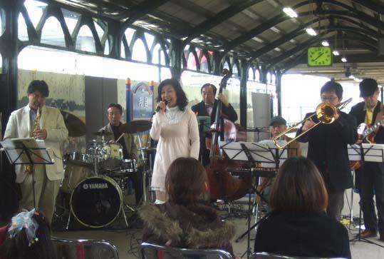 20100404 両国駅コン 044 19cm