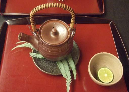 20101015 菊の井 013 松茸土瓶蒸し 18cm