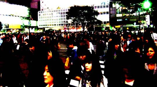 20101113 渋谷駅前の雑踏 002 19cm