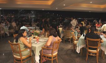 201103 Rio  Real Astoria 店内ai  12cmDSC06797