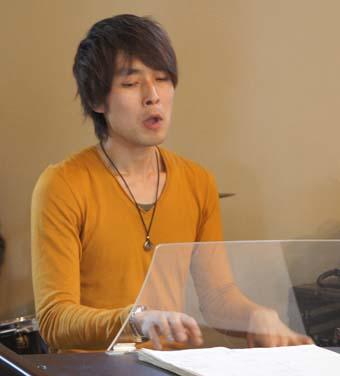20110417 organ西川直人 12cm DSC09150