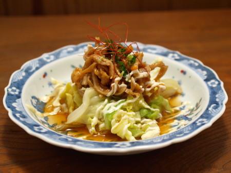 茹でキャベツと鶏皮のピリ辛ポ完2