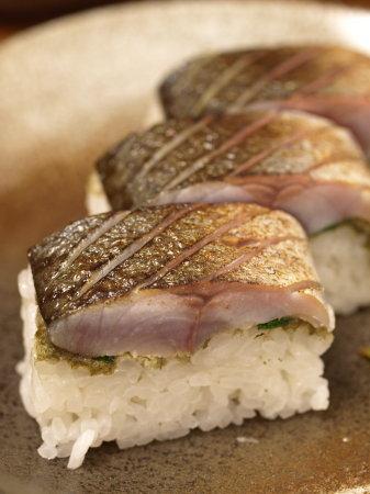 炙りしめ鯖寿司a09