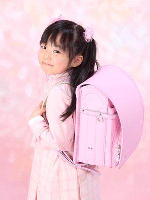 秋田の入学写真 スタジオ撮影 小学入学 ピンク!ピンク!ピンク!