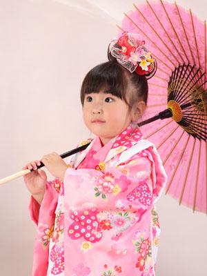 秋田の七五三 スタジオ撮影 3歳 キヨラちゃん