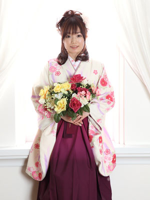 秋田の卒業写真 スタジオ撮影 大学卒業 卒業小袖