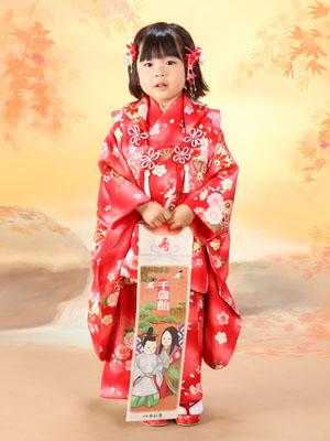 秋田の七五三 スタジオ撮影 3歳 ドレス レイちゃん
