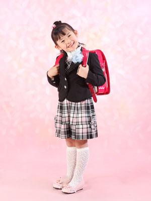 秋田の入学写真 スタジオ撮影 小学入学 ランドセル ルノハちゃん