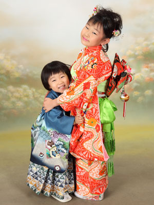 秋田の七五三 スタジオ撮影 5・7歳 エイト&マリン