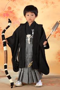 秋田の七五三 スタジオ撮影 5歳 弓矢