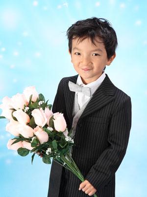 秋田の七五三 スタジオ撮影 5歳 タキシード ケイスケくん