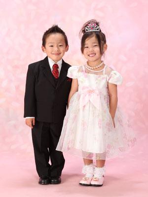 秋田の七五三 スタジオ撮影 5歳双子 コウダイくんサキハちゃん