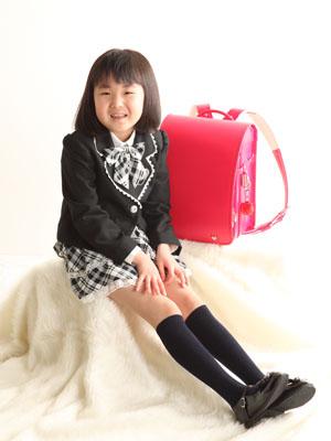 秋田の入学写真 スタジオ撮影 小学入学 リミちゃん