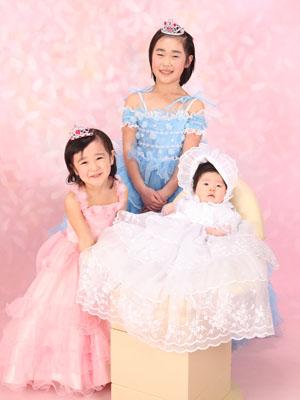 秋田のベビーフォト スタジオ撮影 3姉妹 ミヤコ&ココ&モモカちゃん