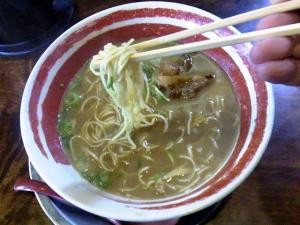「麺王」で〆