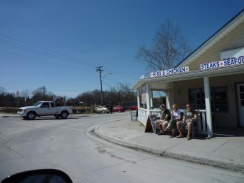郊外のカフェ
