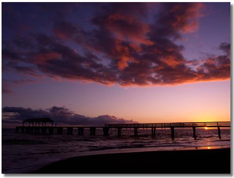 夕暮れのワイメア桟橋