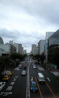 曇天の街並み