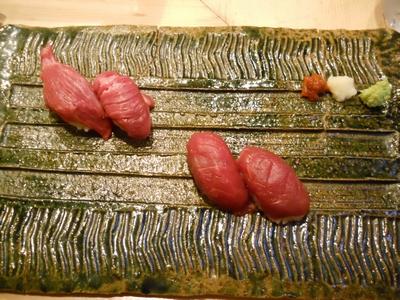 肉寿司_馬赤身&牛赤身