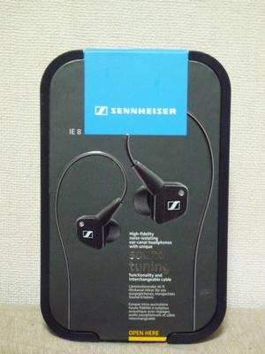SENNHEISER_IE8_01.jpg